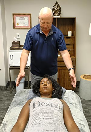 Reiki Energy Healing Chakra Balancing Reiki Master Healer Kevin Foresman Enlumnia Energy Spa Dallas TX Copyright 2021